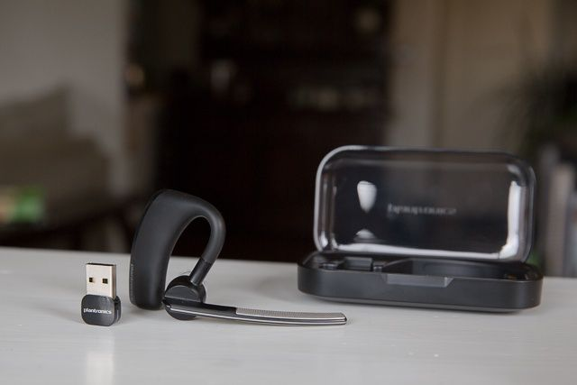 Plantronics Voyager Legend UC means hands-free calling on iOS or Mac.