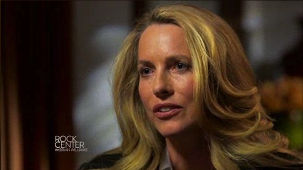 Laurene Powell Jobs is part of a syndicate to buy the LA Clippers with Beats founder and Apple employee Jimmy Iovine