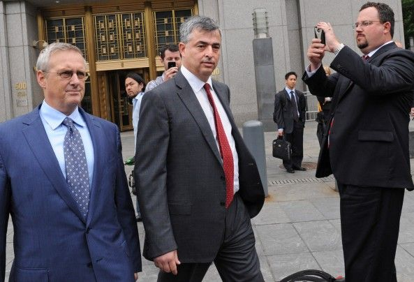 Eddy Cue, Apple's Mr. Fix-It, leaving a New York courtroom like an OG. Photo: Apple