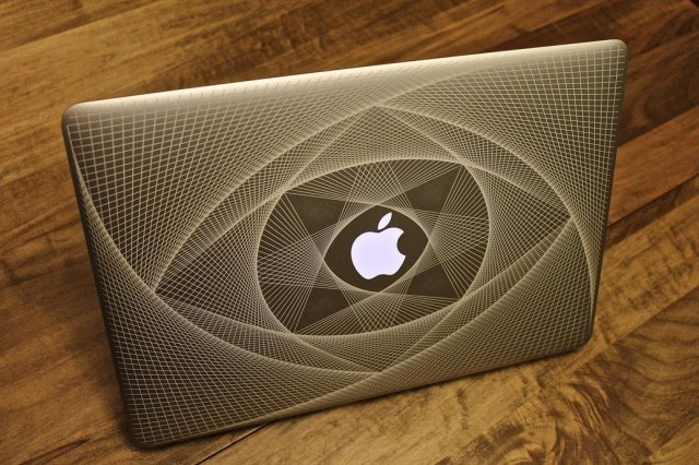The Most Trippy Macbook Engraving You Ve Ever Seen Cult