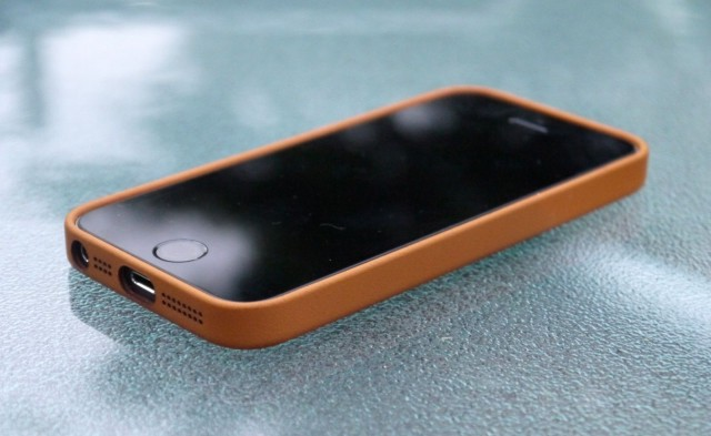 quality design ab26c b87b4 Apple's iPhone 5s Case May Be Pricey, But It's Worth Every Penny ...