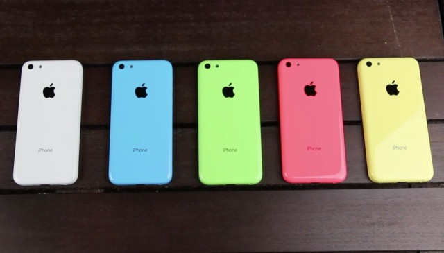 iPhone 5C colors via iCrackUriDevice