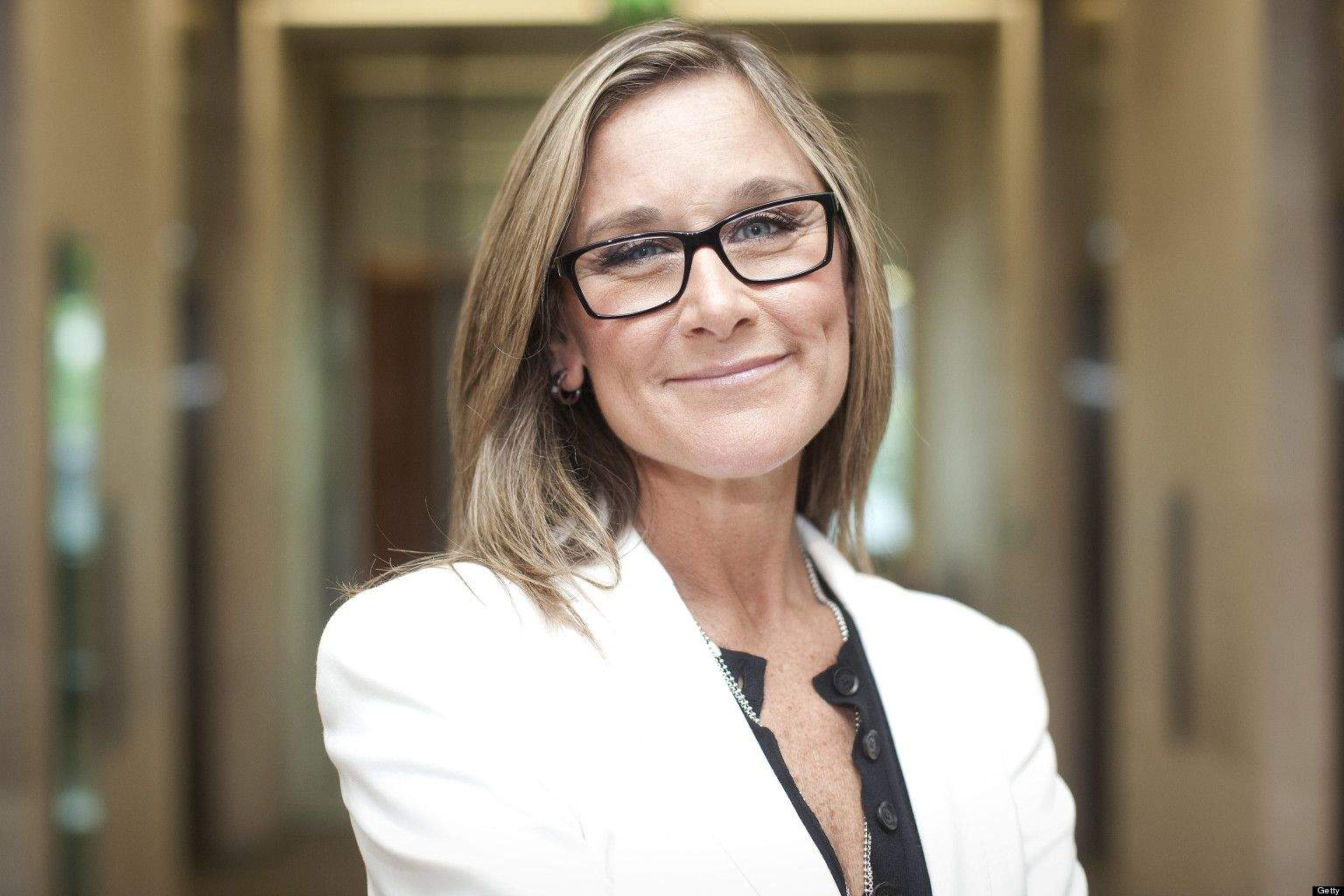 o-angela-ahrendts-highest-paid-facebook