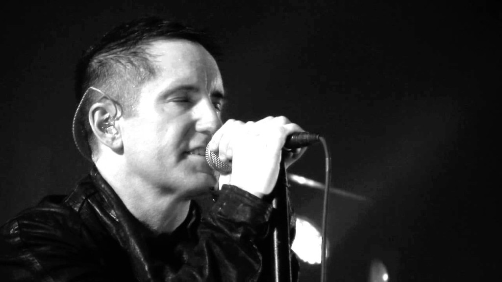 Trent Reznor Facetimes Dying Fan During Nine Inch Nails Concert ...