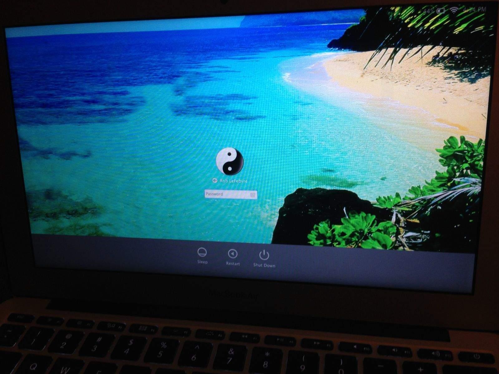 prettier than linen: change the login screen wallpaper in os x