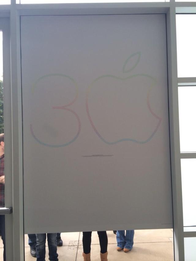 Apple_Mac_Anniversary_poster