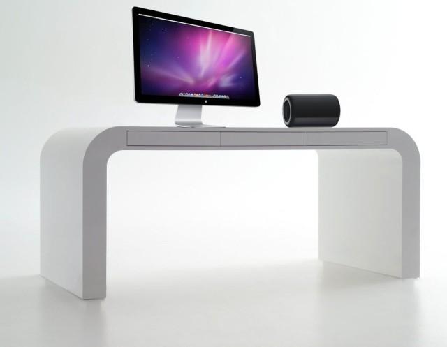 mac-pro-on-side