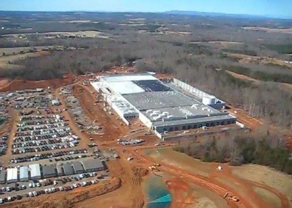 "Apple's ""big-ass"" data center in North Carolina. Photo: Engadget"