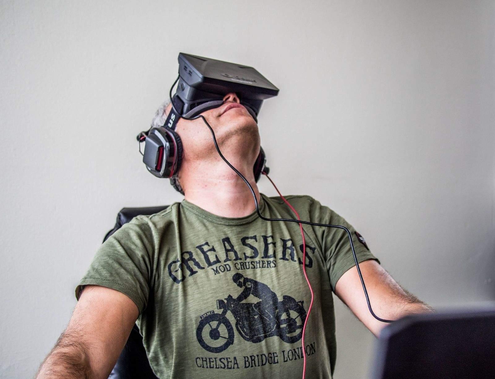 Sergey Orlovskiy tests Oculus Rift.