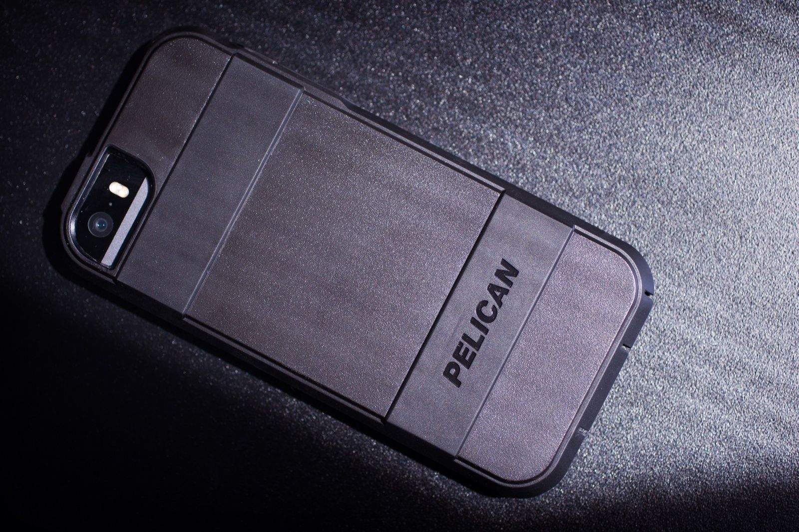 new concept 8c6d2 10efd Pelican Voyager Provides Rugged Style With Less Added Bulk [Review ...