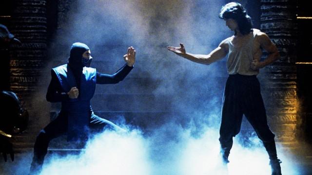 <em>Mortal Kombat</em>