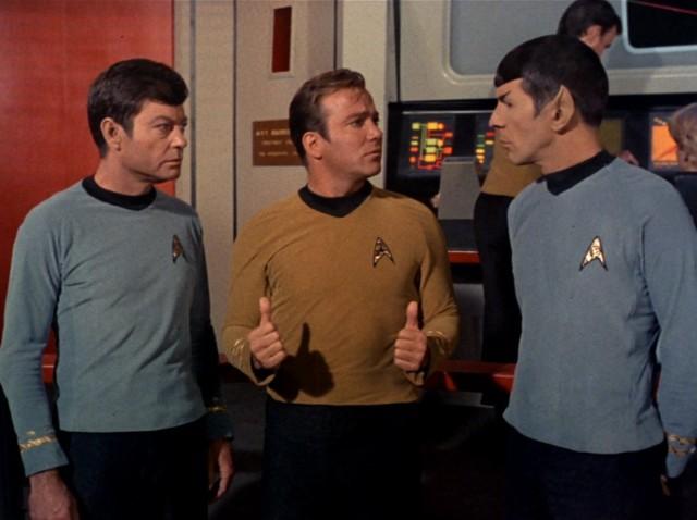 <em>Star Trek</em>