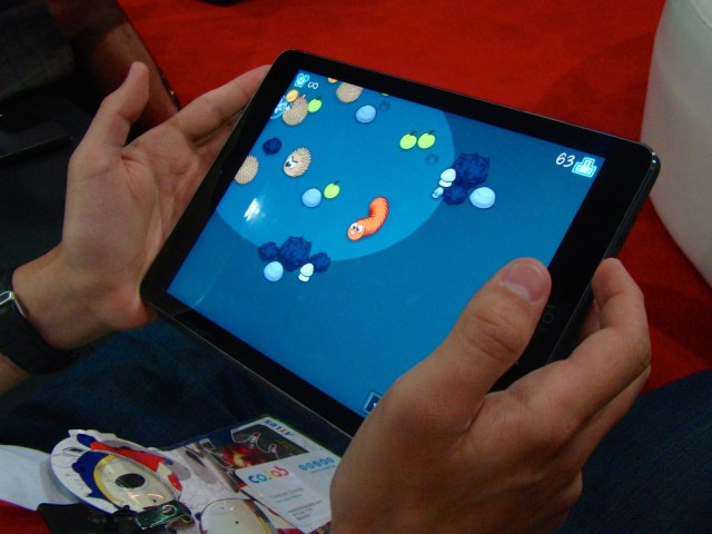 Grub has super solid tilt controls -- a rarity in iOS games. Photo: Rob LeFebvre/Cult of Mac