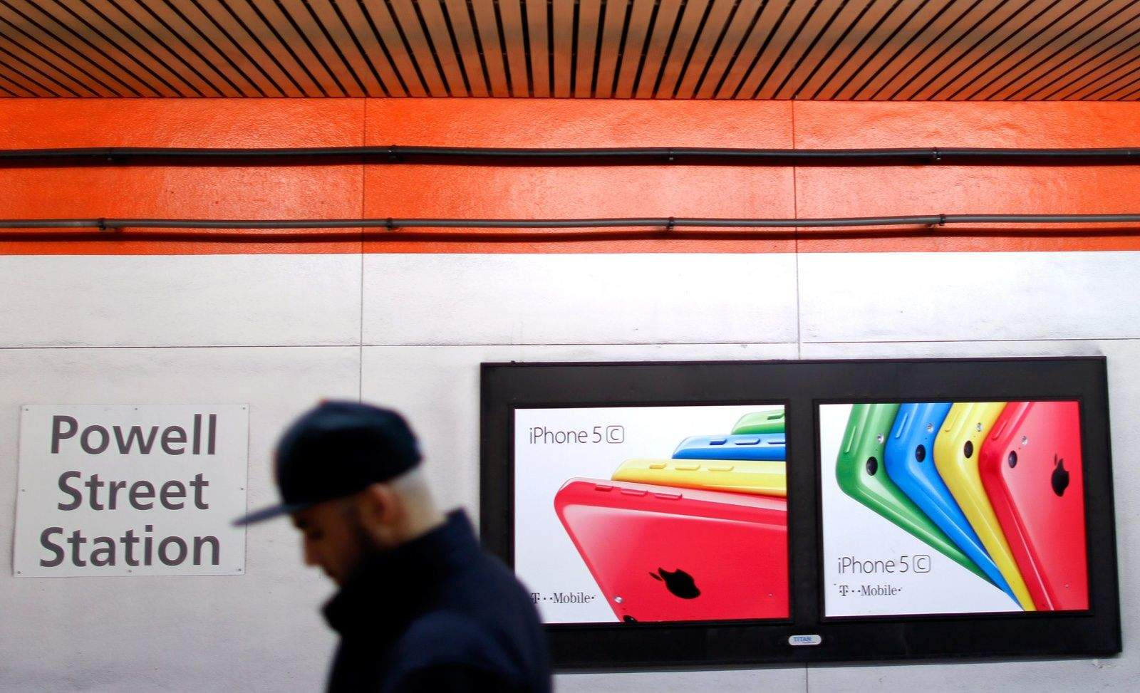 Apple iPhone 5c advertisment in the Powell Street BART Station in San Francisco, CA. Photo: Jim Merithew/Cult of Mac