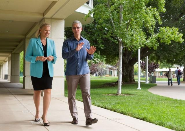 Tim Cook with IBM CEO Ginni Rometty