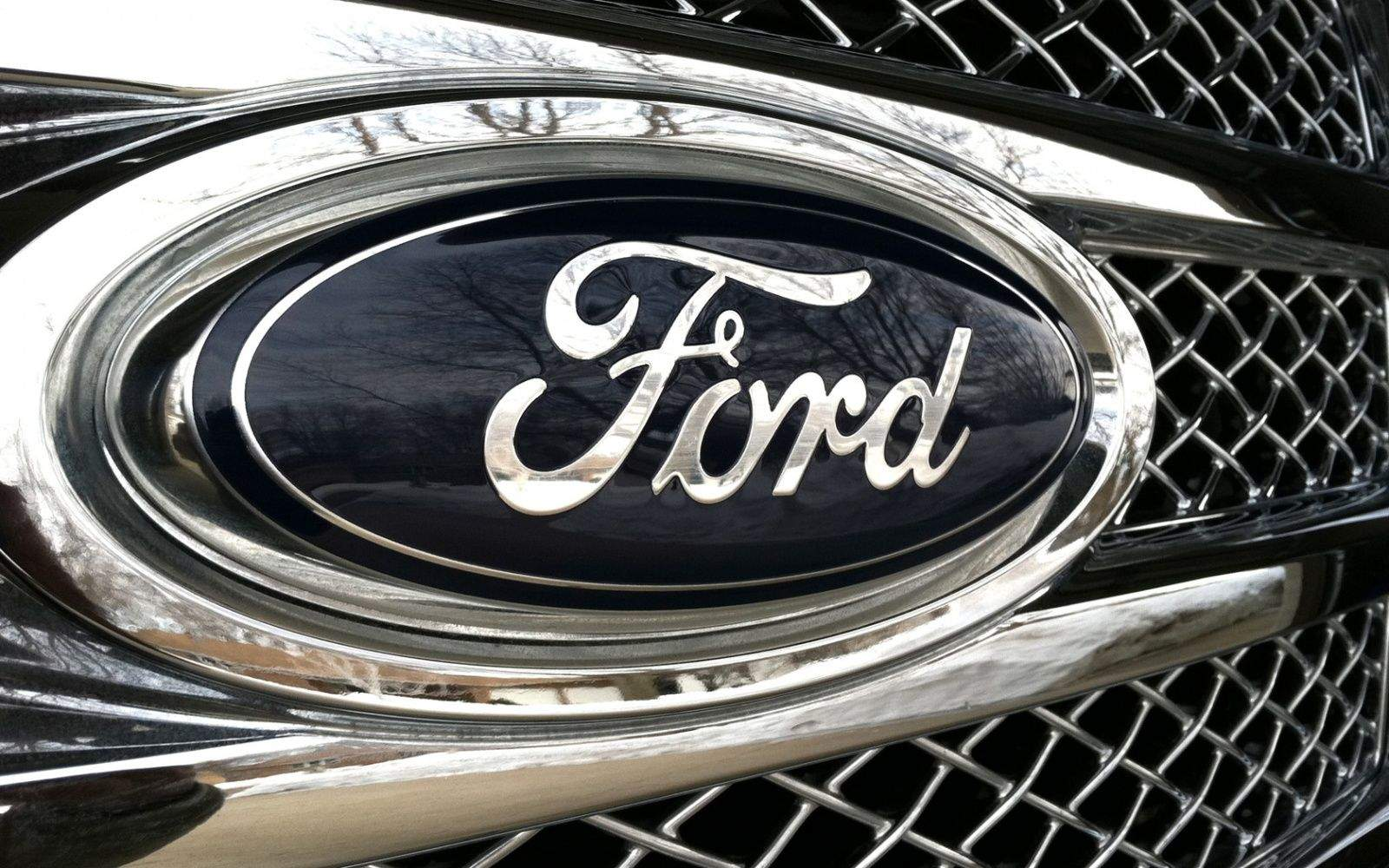 Siri Eyes Free is coming to 2011 model Fords and earlier.