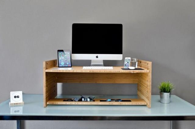 LIFT standing desk