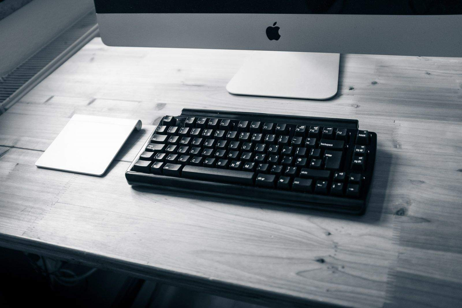 Beautiful and functional. And no frikkin wires. Photo Charlie Sorrel/Cult of Mac