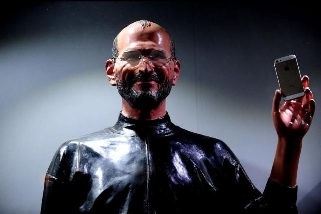 steve-jobs-wax