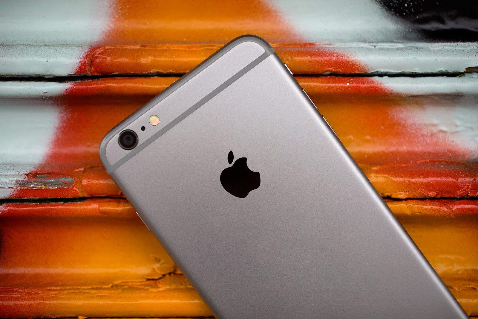 Man Who Sold Kidney for an iPhone Suffers Organ Failure
