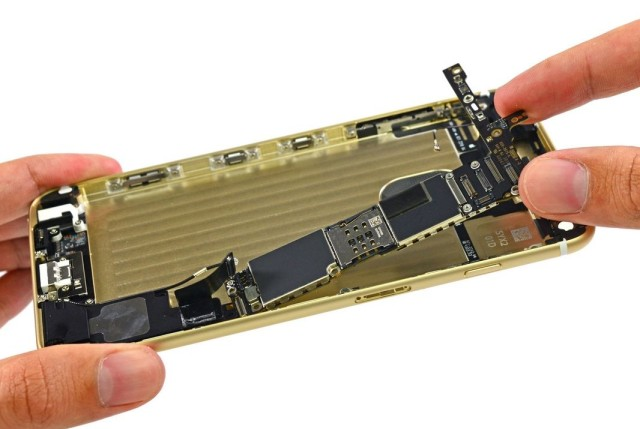 iPhone 6 Plus logic board, see list of components on the board below