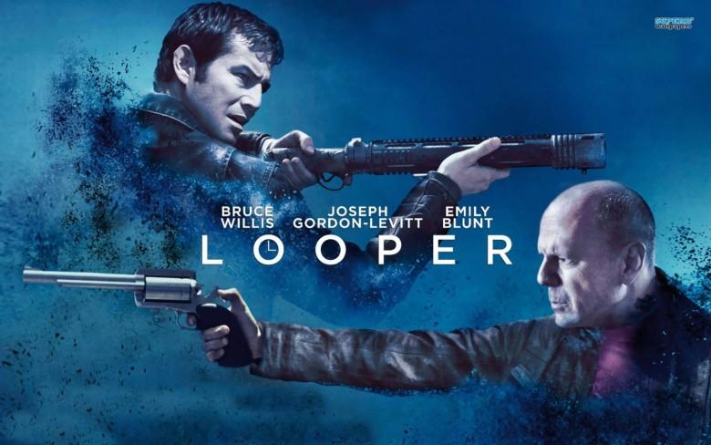 <em>Looper</em>