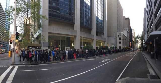 This is a full block away from the Sydney Apple Store. Photo: Trevor Long