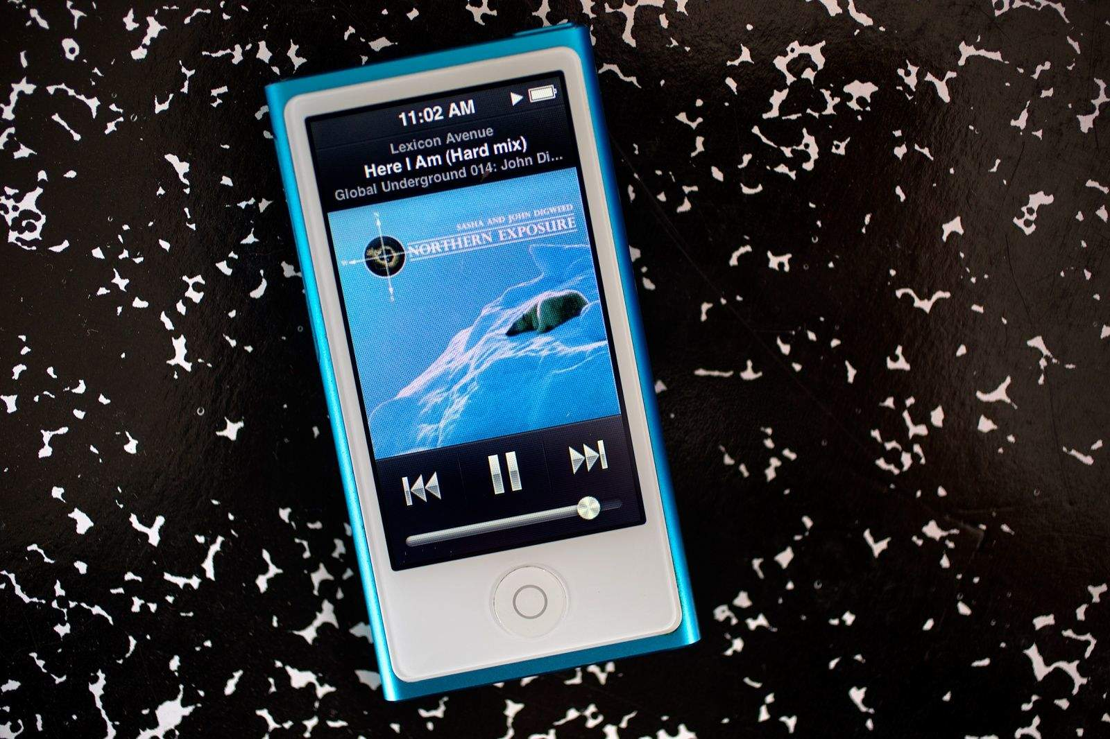 how to play saved apple music on old ipod touch