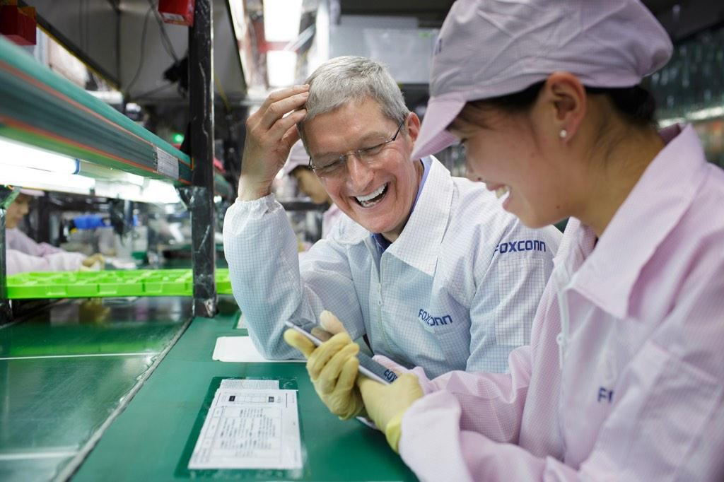 Apple Wants to Cut Down on Manufacturing in China