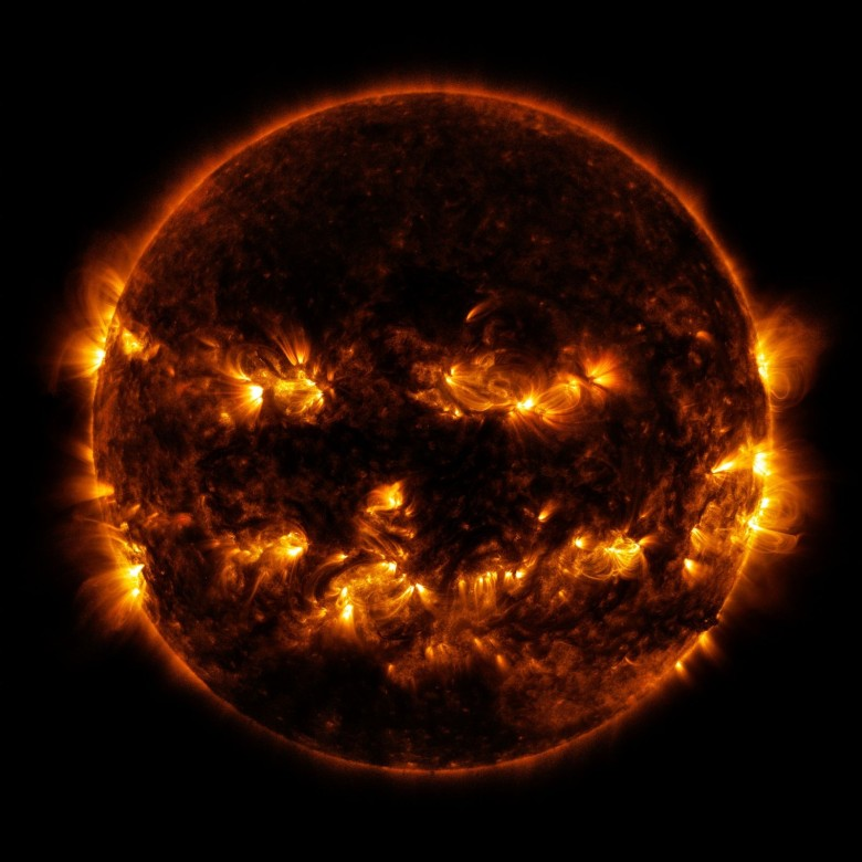 Black hole sun/Won't you come... Photo: NASA/SDO