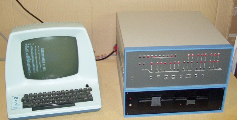 1974's MITS Altair 8800 was the personal computer that started it all for a generation of techies. It was hardly the most accessible machine to ever come out of a garage, however.Photo: classiccmp.org