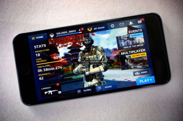 Modern Combat 5 for the iPhone. Photo: Jim Merithew/Cult of Mac