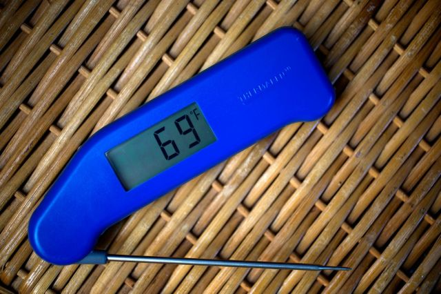 With the ThermoWorks Thermapen, accurate temperature readings are just seconds away. Photo: Jim Merithew/Cult of Mac
