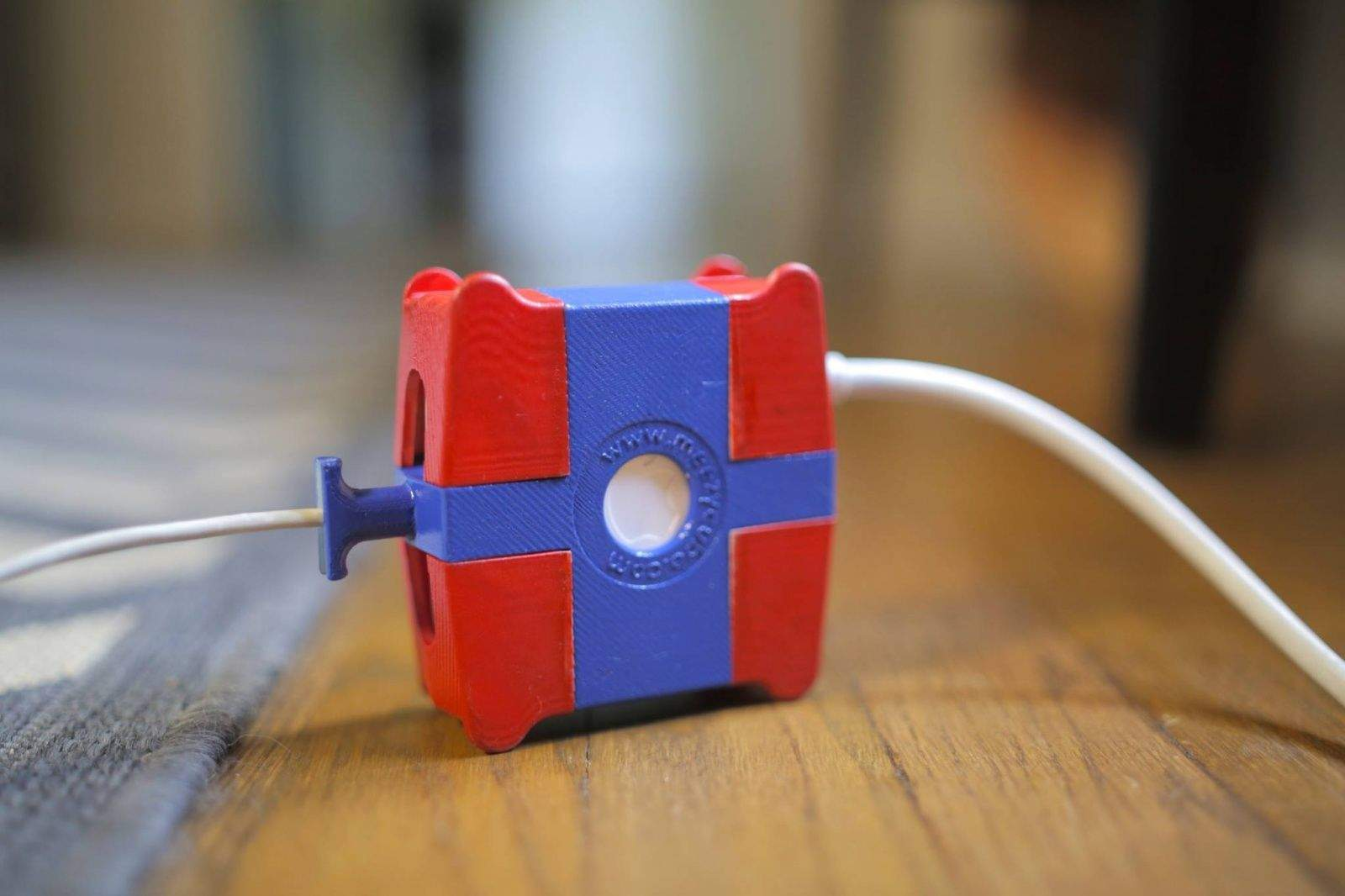 Meezy_Cube_MagSafe_protective_case