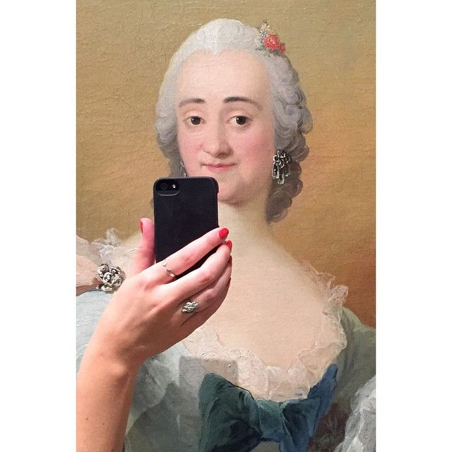 She looks rather surprised, don't you think? Photo: Olivia Muus/Museum of Selfies