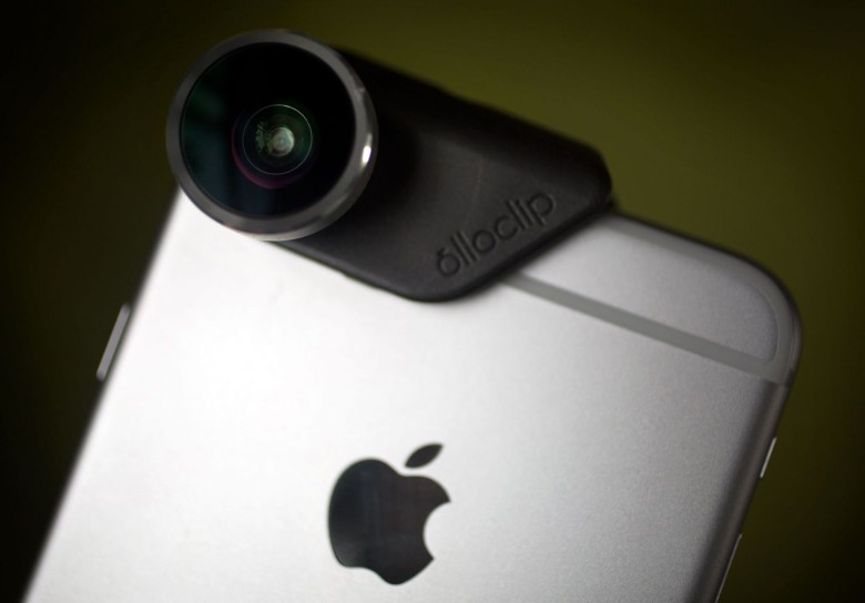 The Olloclip clipped onto an iPhone6 Plus. Photo: Jim Merithew/ Cult of Mac