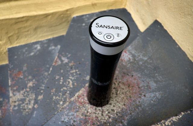 Use the Sansair to  sous-vide your next steak. Boiled beef never tasted so good. Photo: Jim Merithew/Cult of Mac