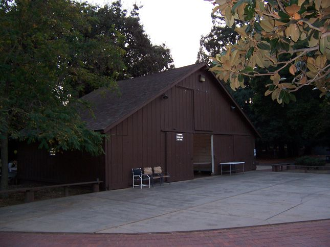 This 98 year old barn will find a second home on Apple Campus 2. Photo: Cupertino Historical Society