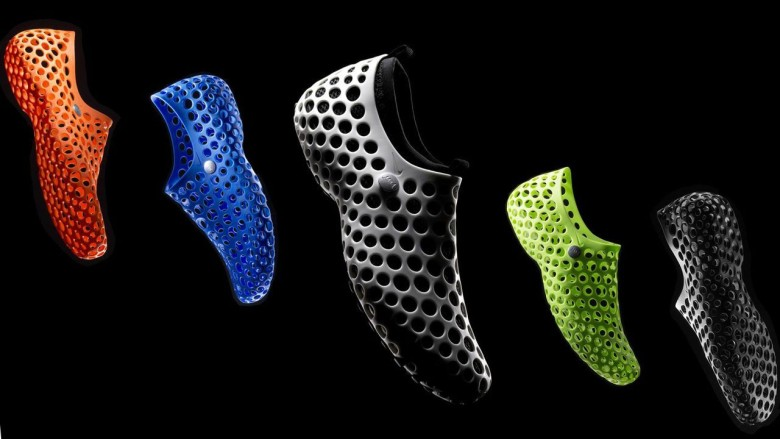 Do these sneakers look a lot like the iPhone 5c case to you? Photo: Nike