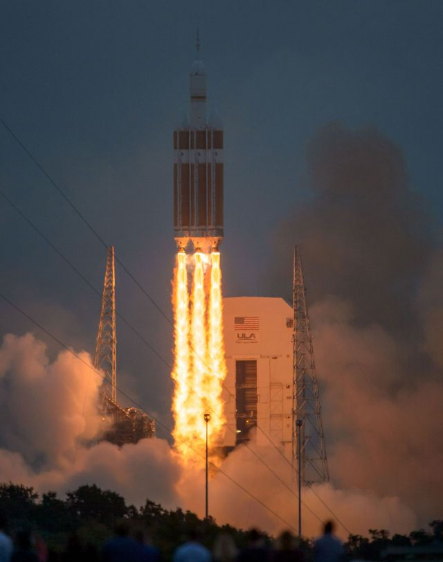 "NASA called Friday's test flight of the Orion spacecraft ""flawless."" Photo by Bill Ingalls/NASA"