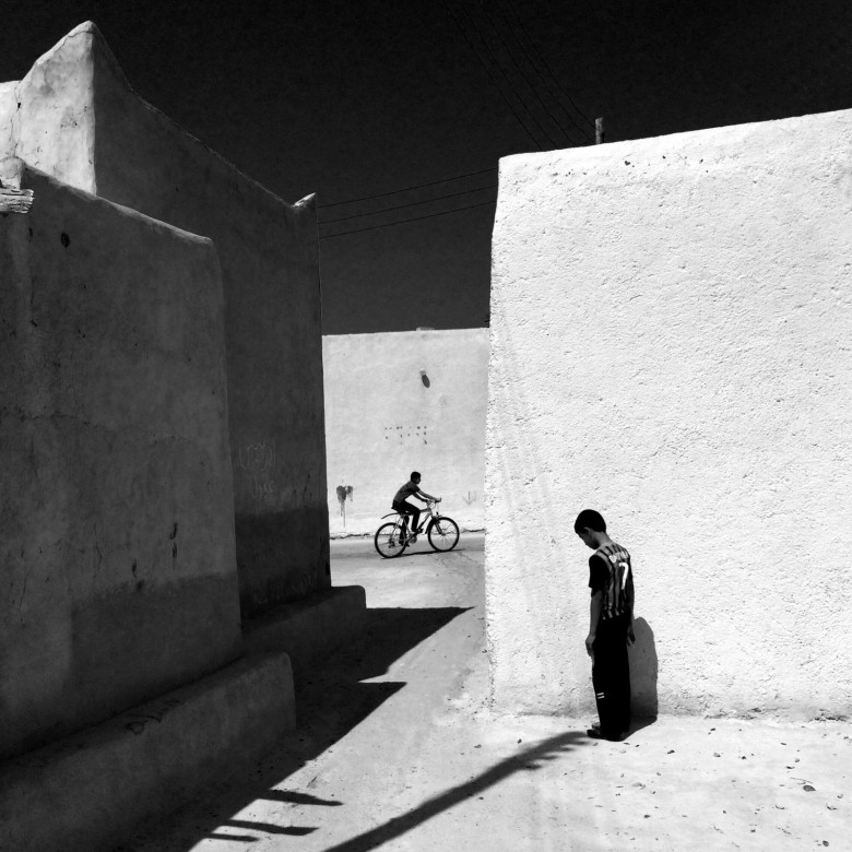 An alley in an old part of Kish Island, Iran, by Ako Salemi