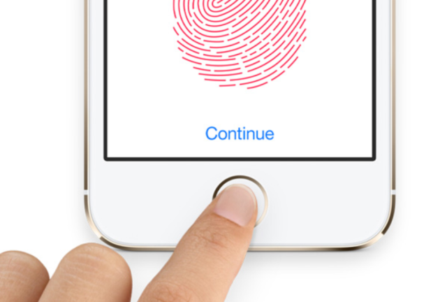 How apple ruined googles plan for a fingerprint scanner in the how apple ruined googles plan for a fingerprint scanner in the nexus 6 altavistaventures Gallery