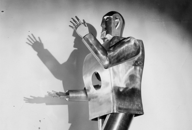 Elektro, a robot built by Westinghouse in 1937, was a star at the World's Fair in 1939-40. Photo: Courtesy of Scott Schaut/Mansfield Memorial Museum