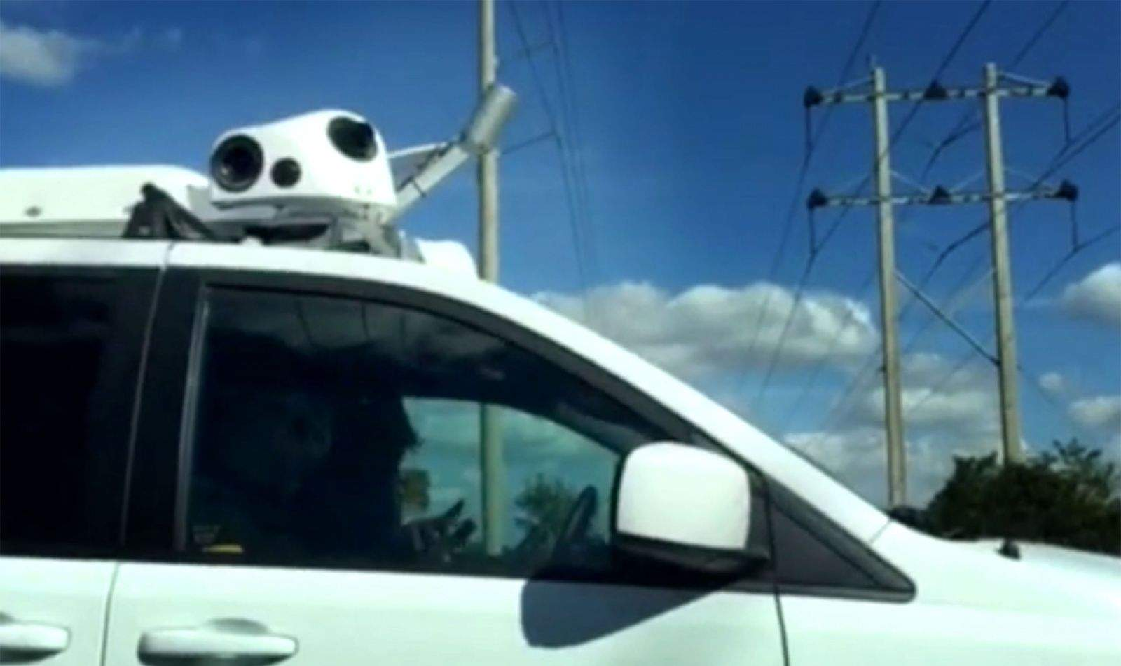 Mysterious Apple Minivans Are Mapping Vehicles Experts Says - Video of car driving across us map