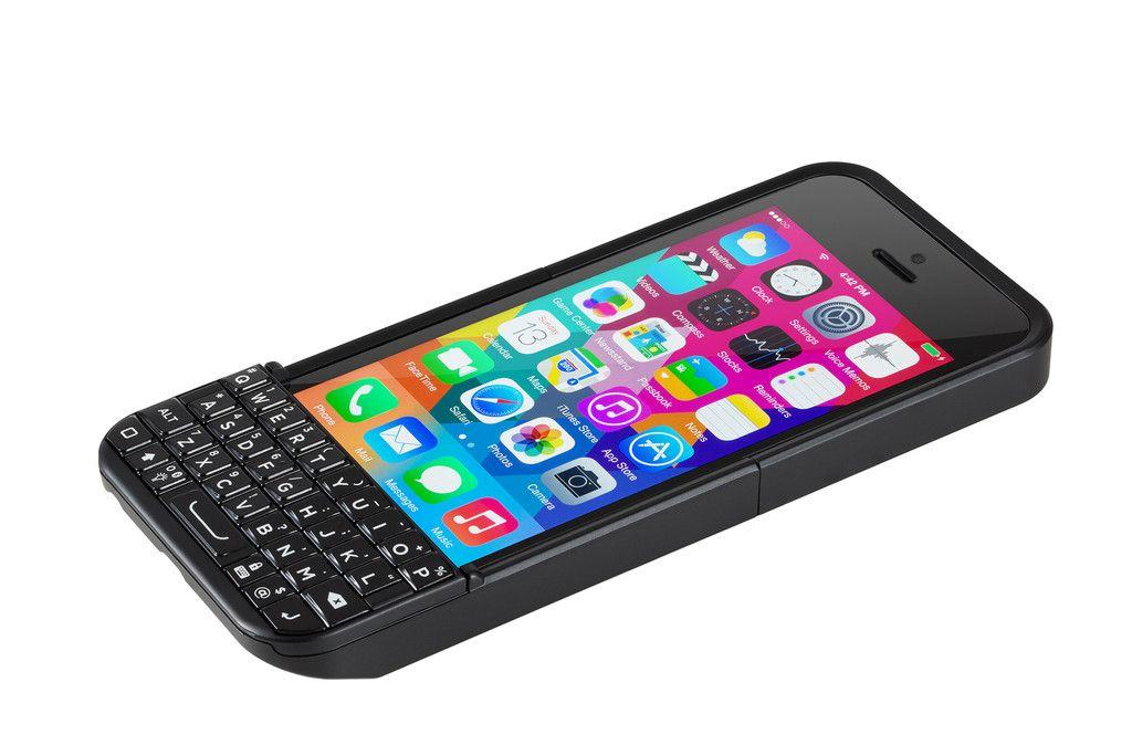 Blackberry sues Ryan Seacrest's Typo iPhone case again