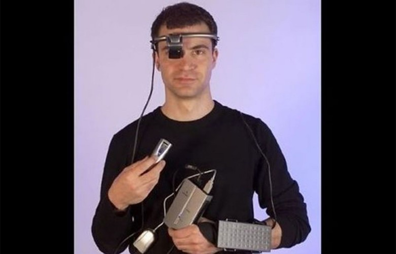 The Xybernaut Poma was considered the first wearable computer - and a tech failure.