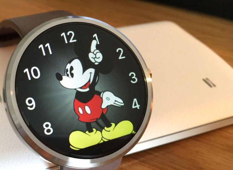 Apple Watch's Mickey Mouse face turns up on Android Wear