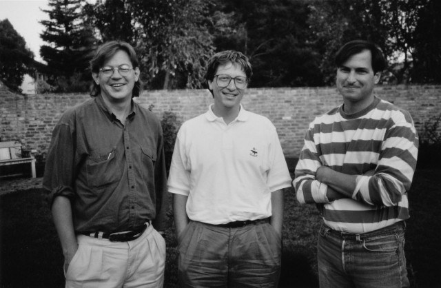 Brent Schlender (left) with Bill Gates and Steve Jobs after their historic 1991 joint interview for Fortune.