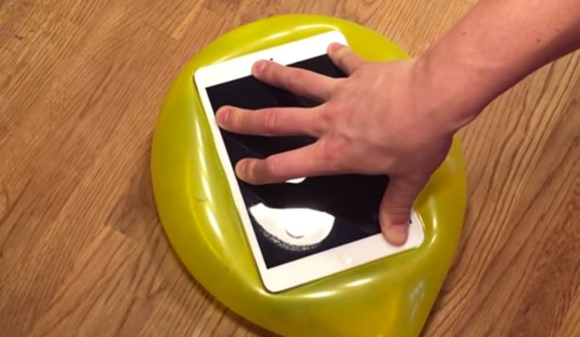 Find a big enough balloon and you can cover an iPad mini. Photo: Dreamlions/YouTube