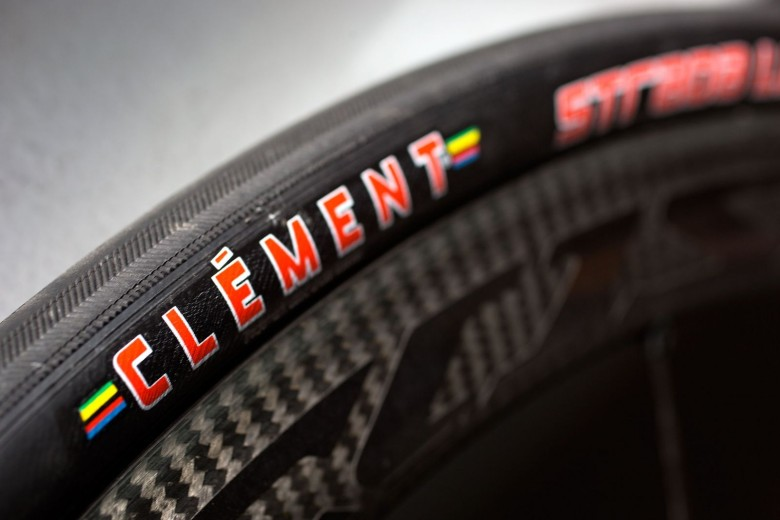 Clement Strada LGG Clincher tire